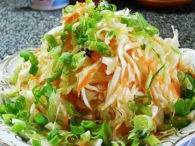 Салат из свежей капусты острый рецепт с очень вкусный с