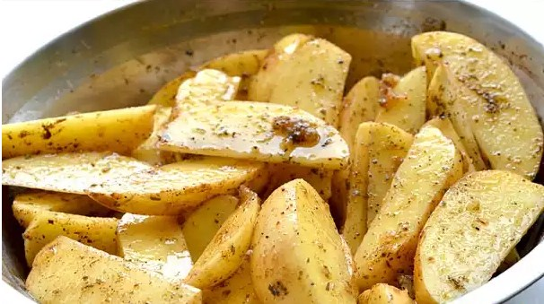 kartofel-po-derevenski