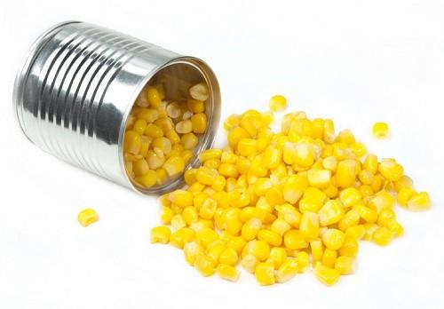 Подборка простых рецептов приготовления салата с консервированной кукурузой